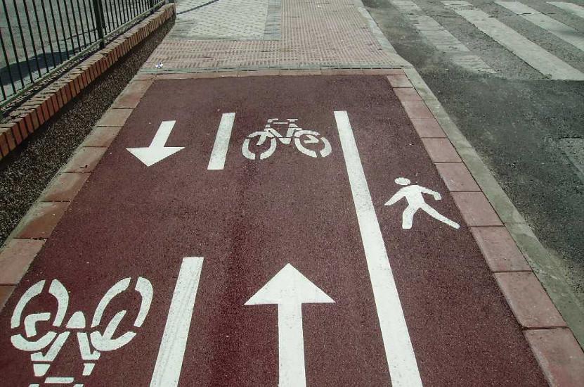 carril-bicicletas-peatones